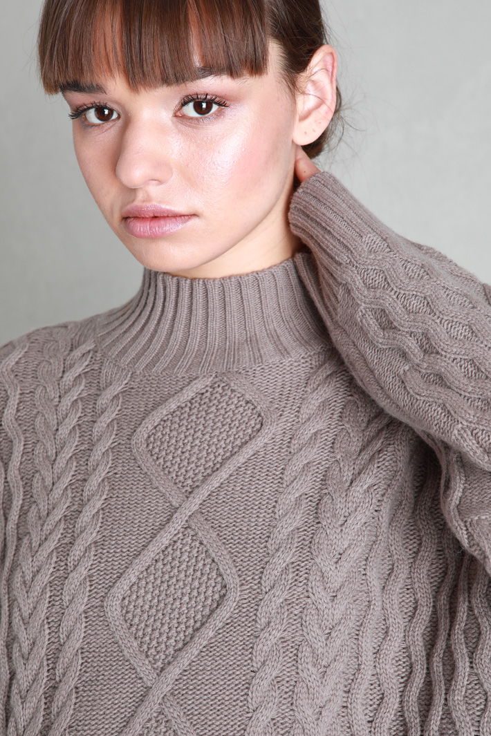 Braided wool sweater Intrend