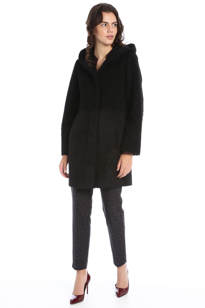 Plush and suede coat Intrend