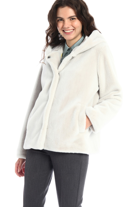 Fur effect jacket Intrend