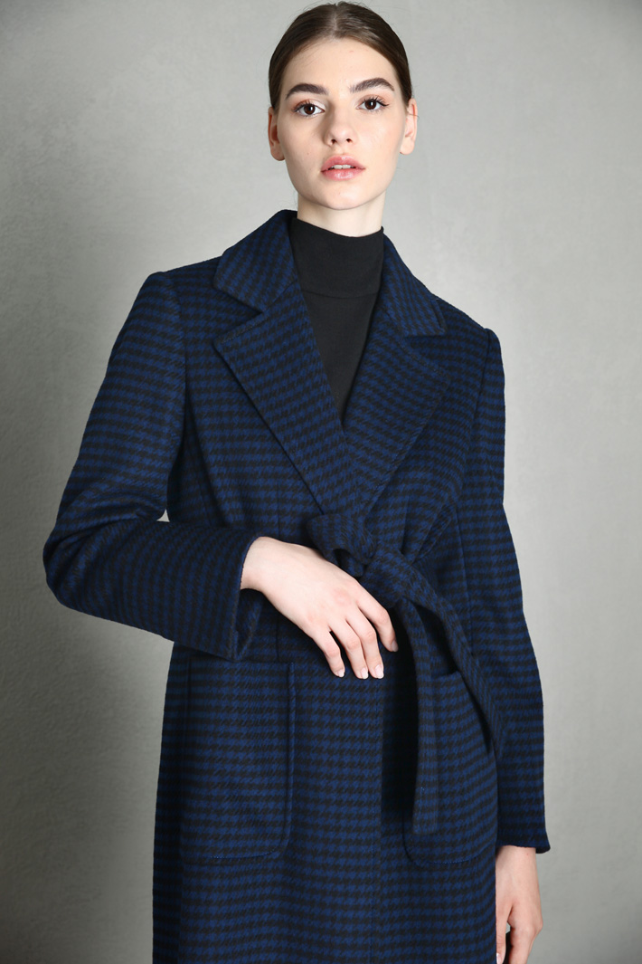 Belted cloth coat Intrend