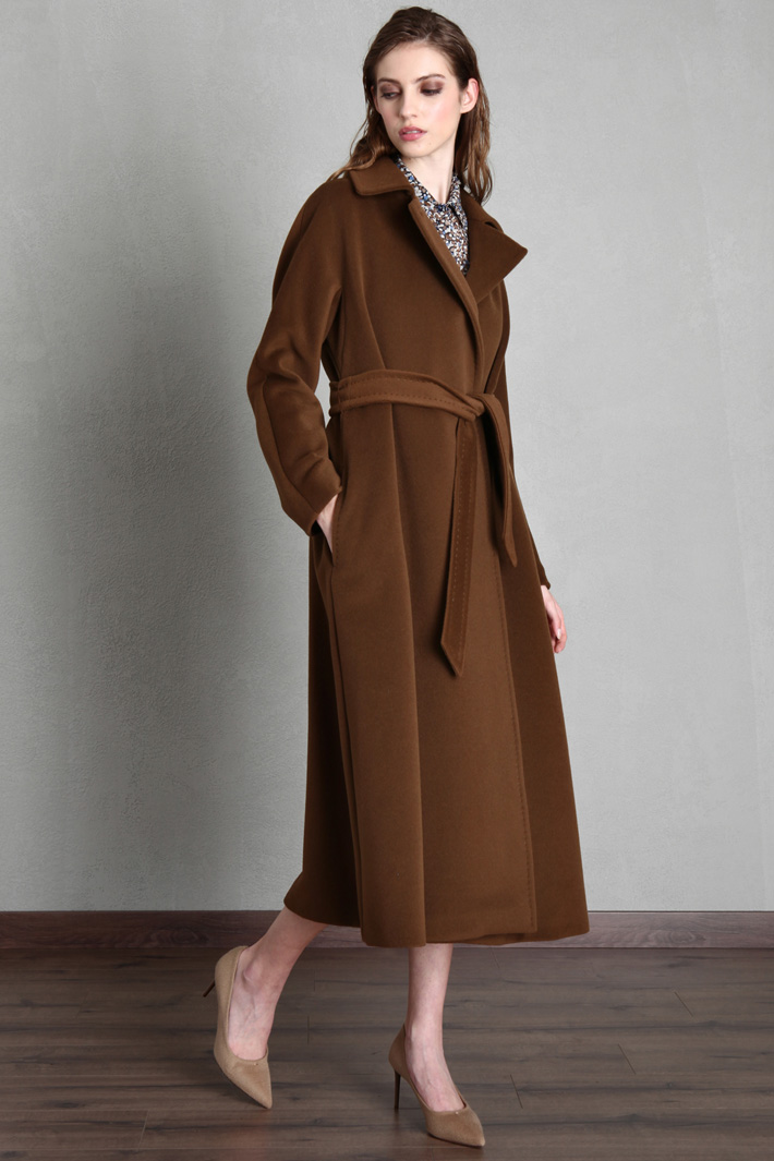 Cappotto in beaver di lana Intrend