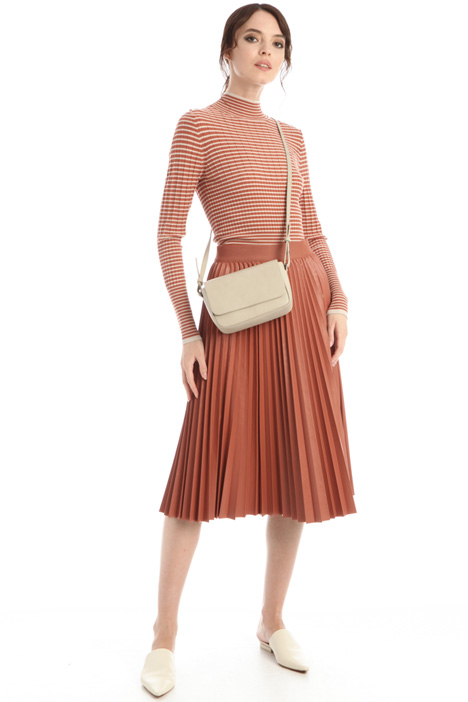 Pleated faux leather skirt Intrend