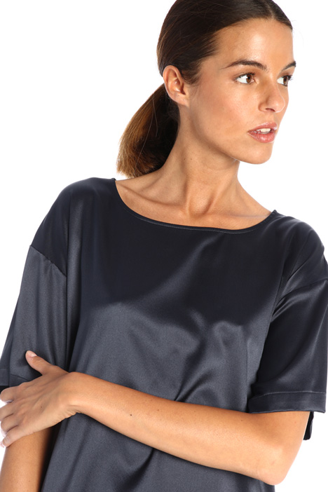 Short sleeved satin blouse Intrend