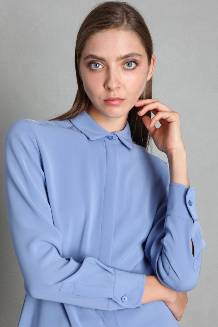 Light cady blouse Intrend