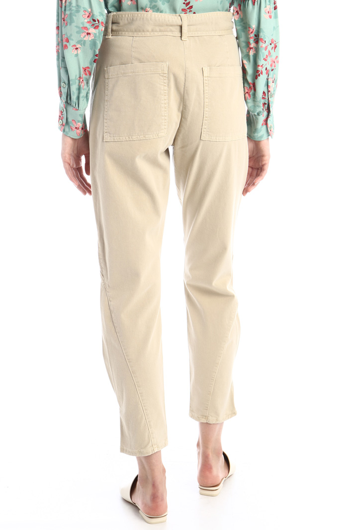 Baggy trousers in gabardine Intrend