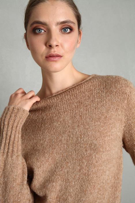 Wool and alpaca yarn sweater Intrend