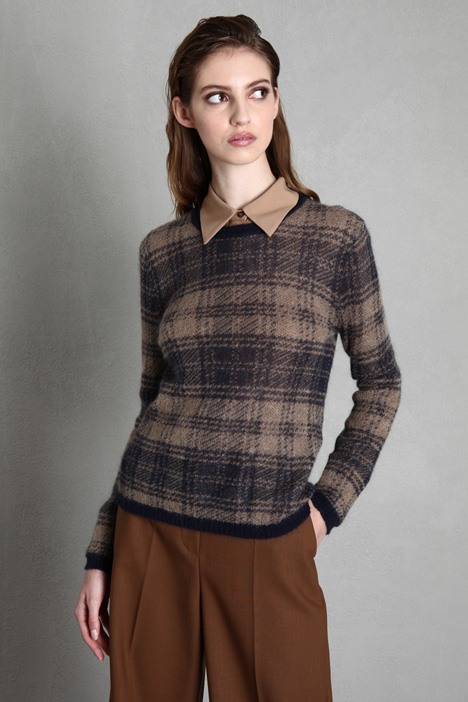 sweater in mohair gauze Intrend