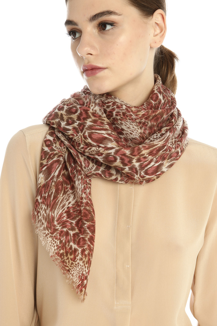 Printed stole Intrend