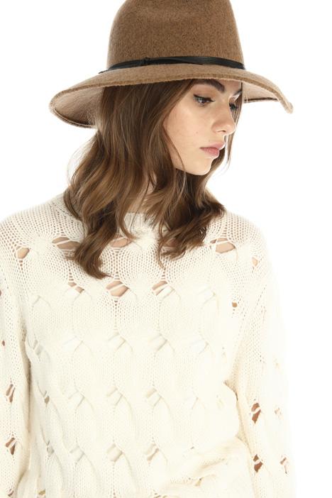 Wool blend hat Intrend