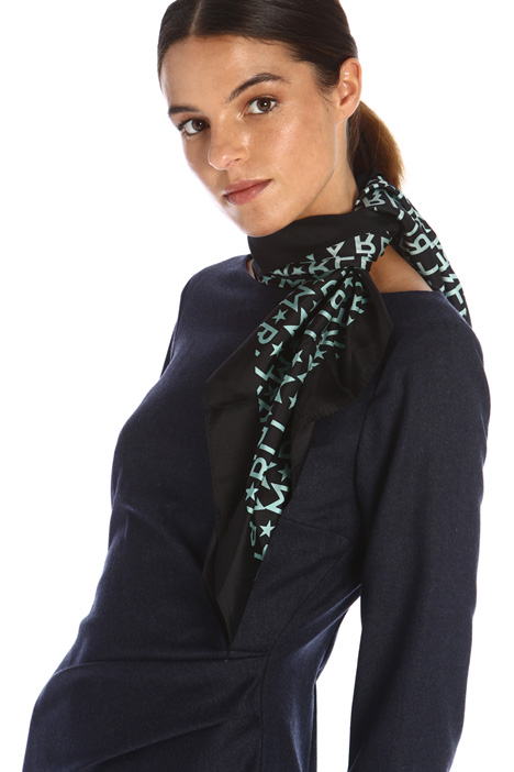 Collar with scarf Intrend
