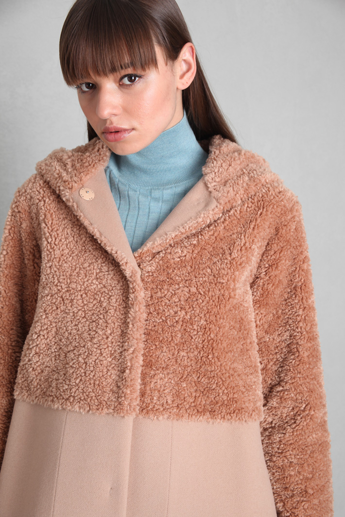 Teddy bear and cloth coat Intrend