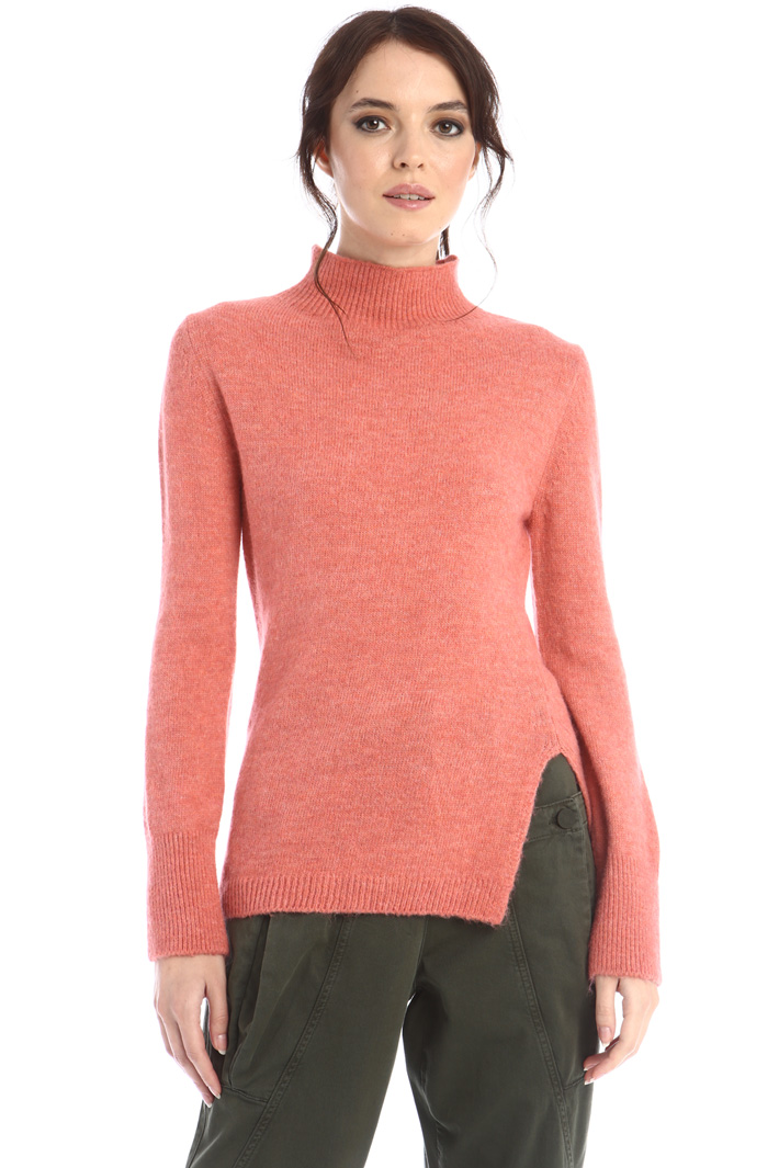 Wool sweater with slit Intrend