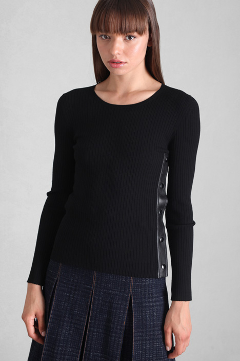 Fitted button sweater Intrend