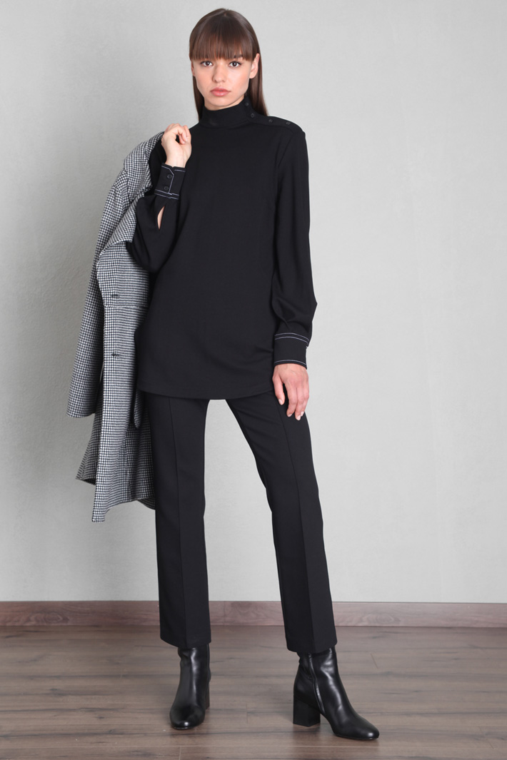 Puff sleeve top Intrend