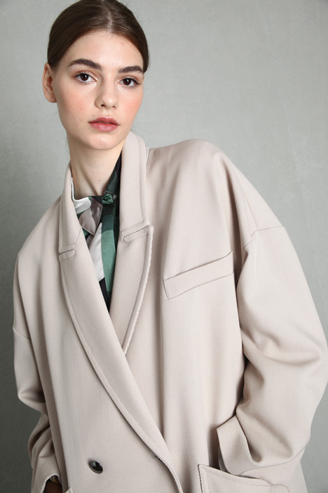 Reversible egg-shaped coat Intrend