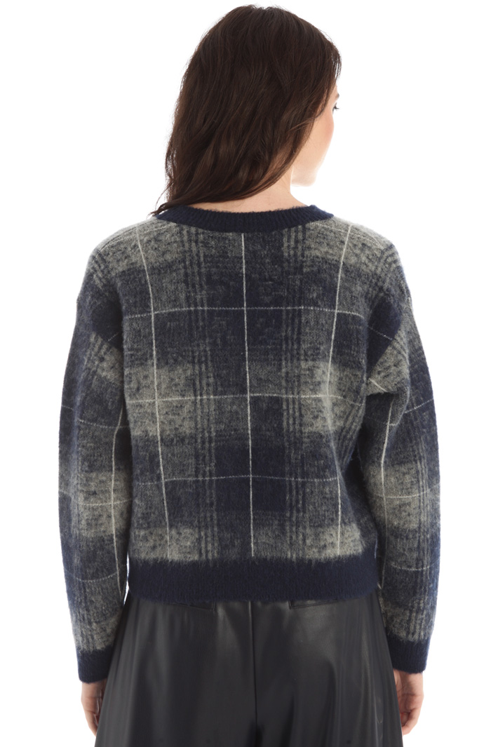 Loose yarn dyed sweater Intrend