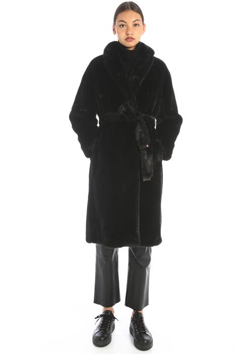 Faux fur coat Intrend