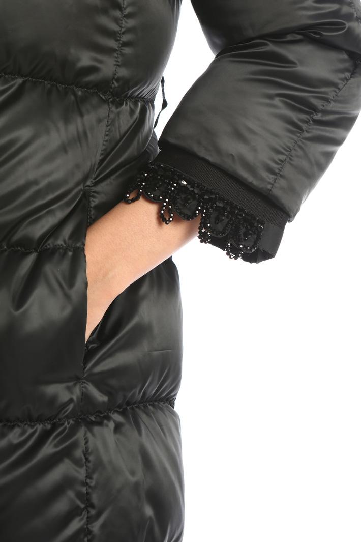 Embroidered cuffs Intrend
